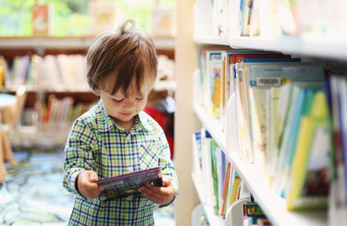 Чому дитина відмовляється вчитись читати