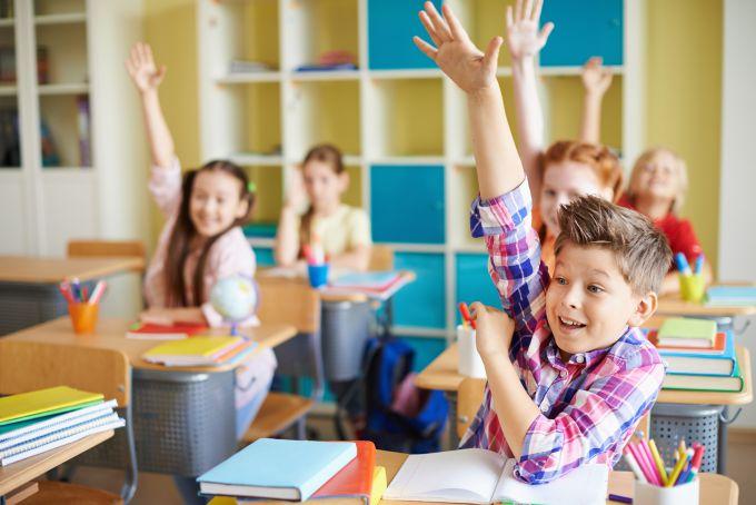 ТОП-4 кроки допомогти дитині адаптуватися в новій школі