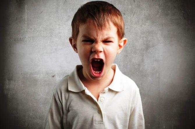 6 причин, чому дітей потрібно захищати від гаджетів до 13 років