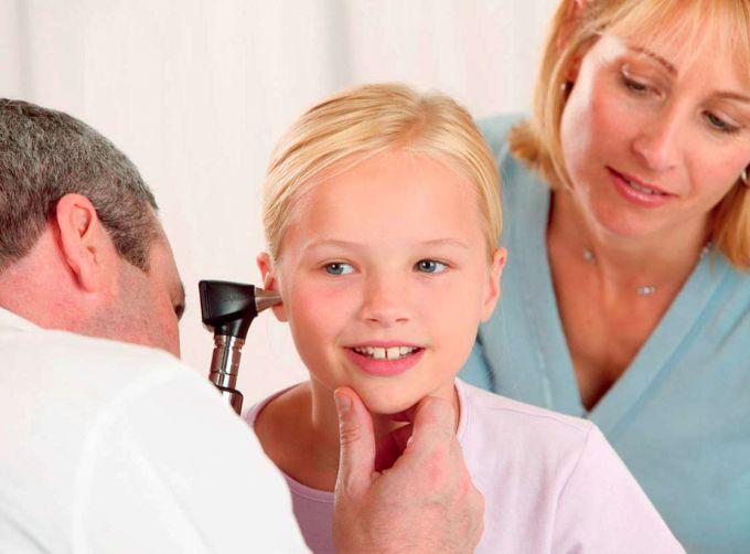 Як лікувати запалення вуха у дітей