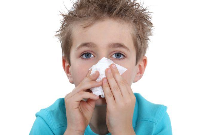Перша допомога при кровотечі з носа у дітей