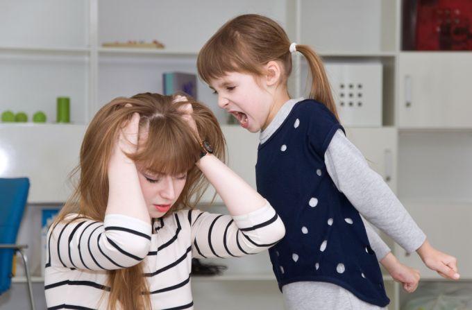 Психологи розповіли, чи варто хвилюватися через погану поведінку дітей