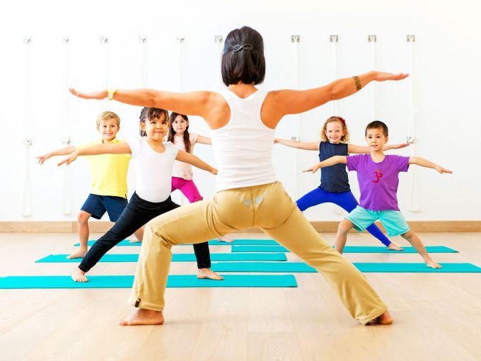 Йога для дітей: комплекс вправ для зняття напруги зі спини