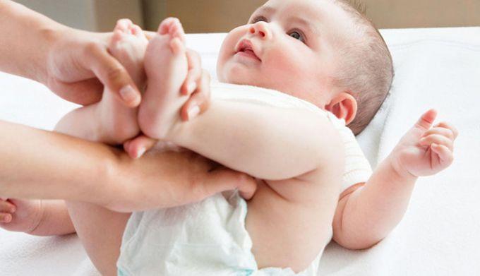 Обираємо підгузки для дитини: на що звернути увагу?