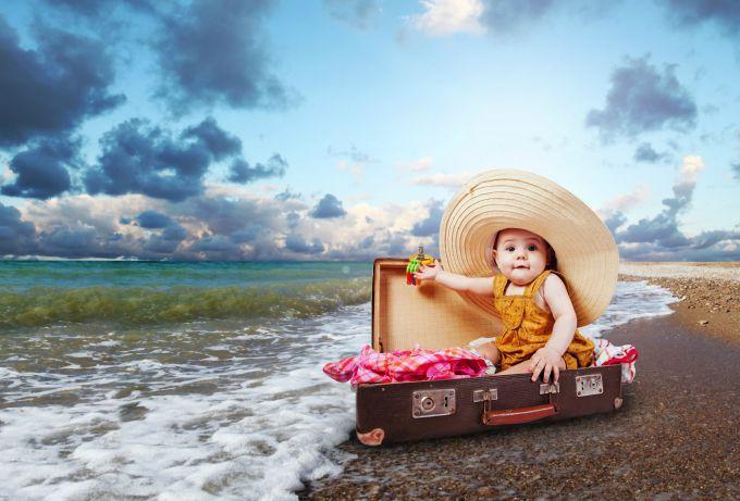 З якого віку дітей можна брати на море