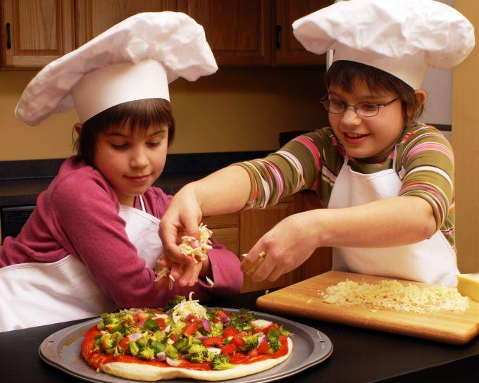 Снідаємо смачно: піца для дітей