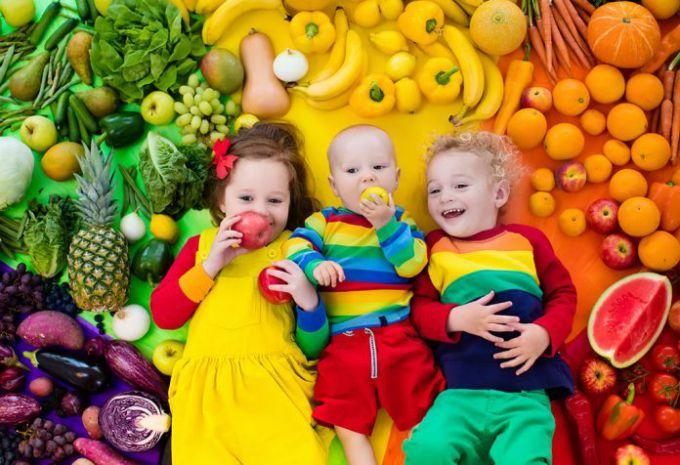 Чи потрібні здоровим дітям полівітаміни