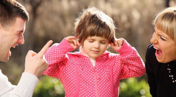 Прості поради, як не кричати на дитину