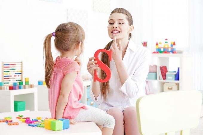 Поради логопеда: як покращити вимову дітей