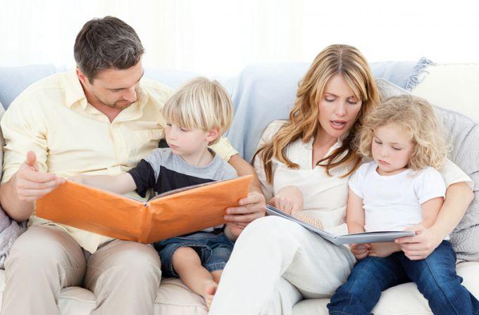 Робота для батьків. Як поєднувати її з дітьми?