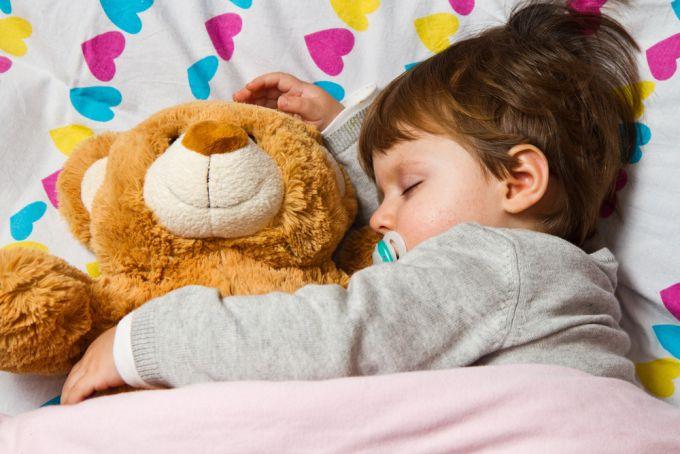 Чому дитина швидко втомлюється: головні причини