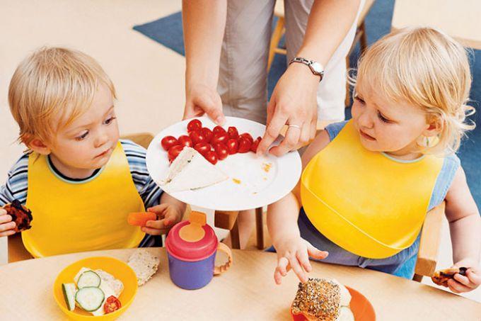 Що їсти дітям, щоб стати розумниками?