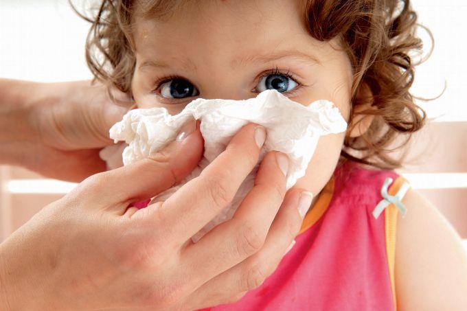 Як зупинити носову кровотечу у дітей?