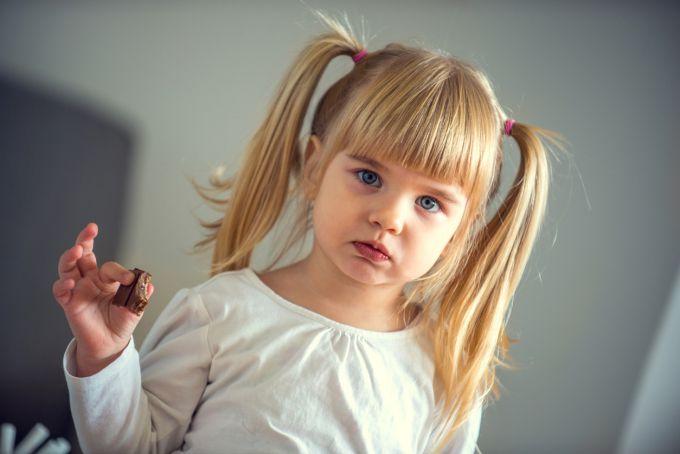 Чому дитина давиться їжею, або проблеми з жувальним рефлексом