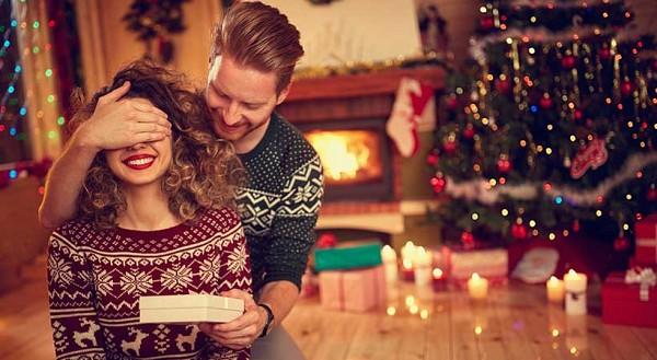 Поширені помилки у святкуванні Нового року серед новоспечених пар
