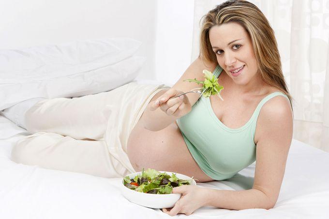 Дієта, яка позбавляє вагітних від ранкового токсикозу