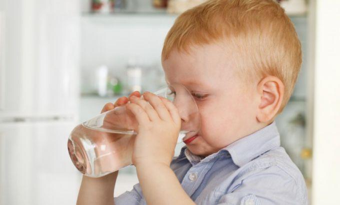 Коли дітям потрібно давати фолієву кислоту?