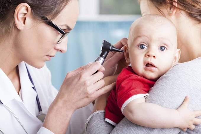 Запалення вуха у дітей: симптоми і лікування
