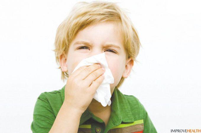 Чотири найкращі домашні засоби від застуди для дітей