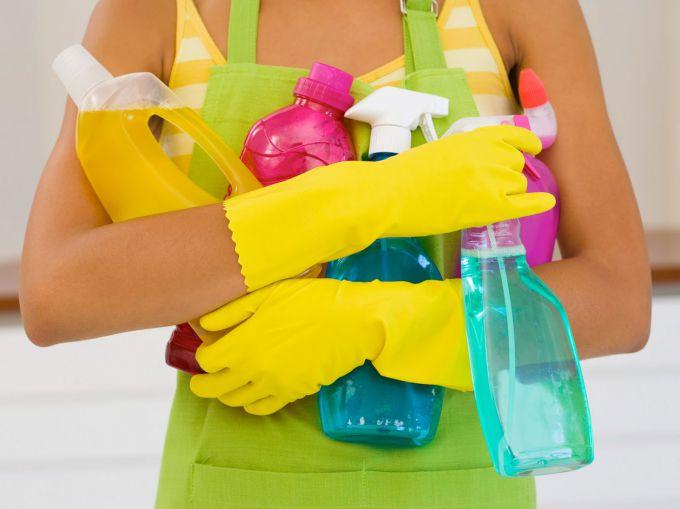 Правила прибирання будинку, в якому росте дитина