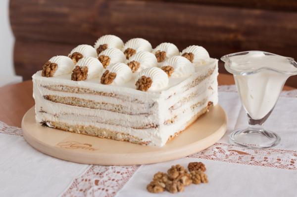 Рецепти для дітей: торт без випічки