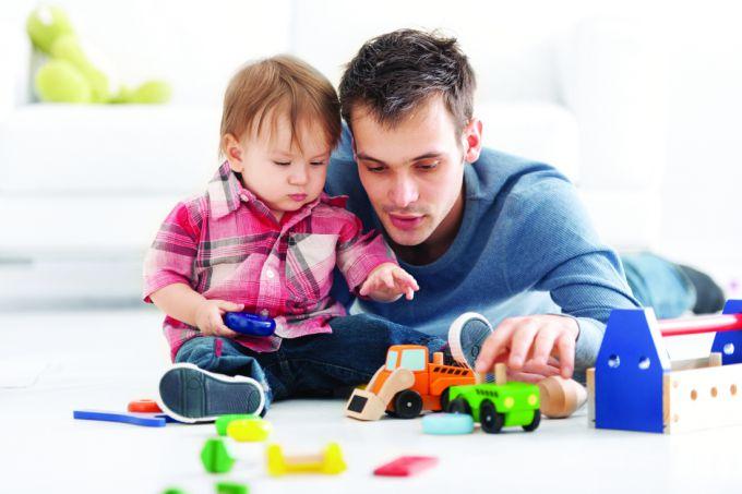 Психологи: Діти, з якими граються батьки, — щасливіші і успішніші