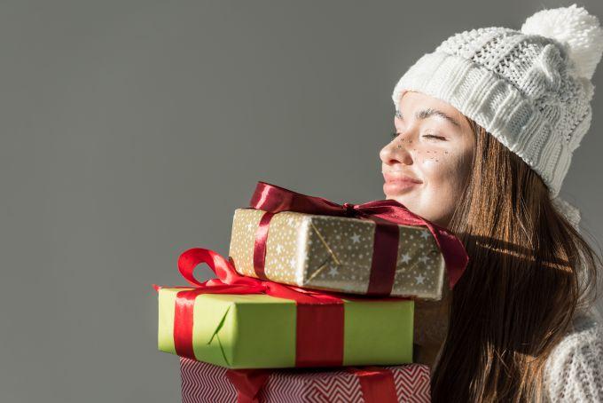 Як зрозуміти, чого хоче чоловік, за його подарунками?
