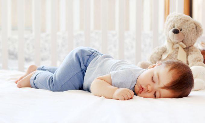 Безсоння у дітей: причини і лікування