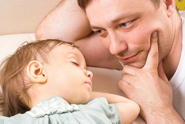 Що потрібно спитати дитину перед сном, щоб вона заснула щасливою