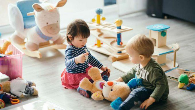 Як обрати безпечну іграшку дитині