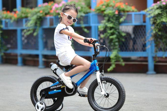 Як навчити дитину кататися на велосипеді за три дні