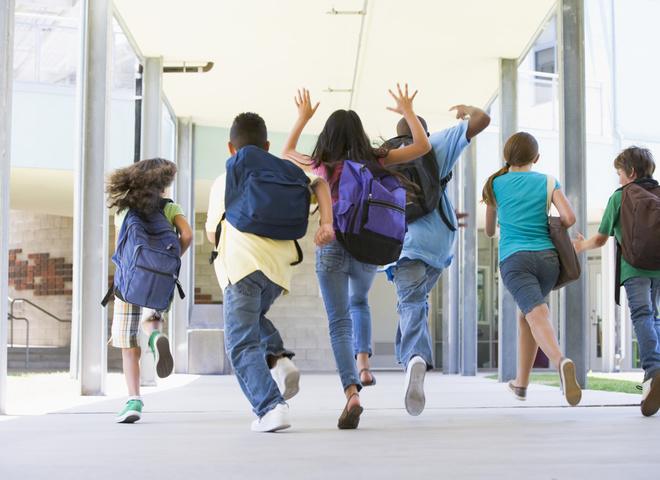 Хто відповідає за безпеку дітей в школі