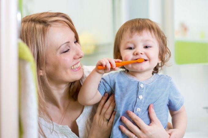 Як вибрати зубну щітку для дітей?