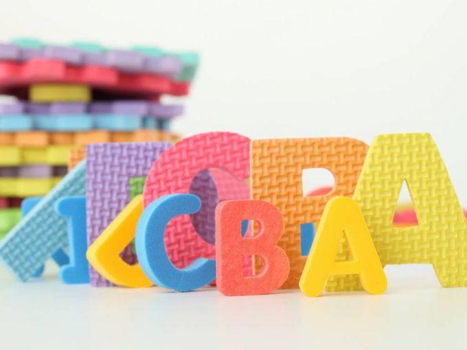 ТОП-10 порад, як вивчити з дитиною абетку