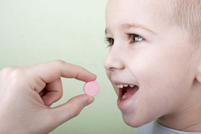 Антибіотики дітям до 3 років. Можна чи ні?