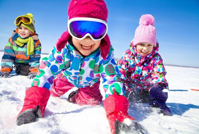 Як провести день народження дитини взимку