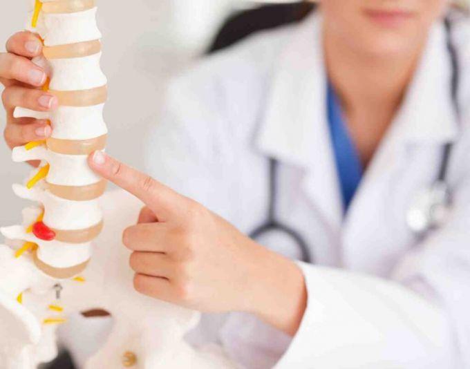 Проблеми з хребтом у дітей 1-3 років. ТОП-3 ознаки