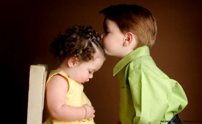 brother-sister-child-kiss-daily-pics-update-hd-wallpapers-download.jpg (27. Kb)