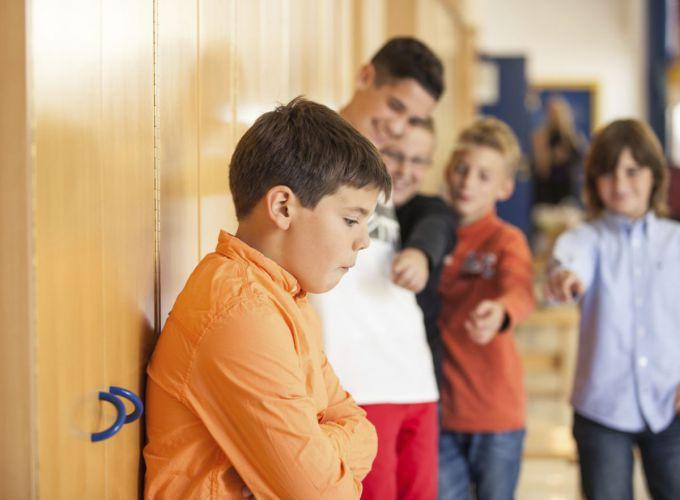 Товста дитина: як налагодити спілкування з однолітками?