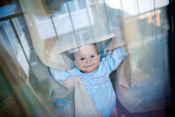Що повинна вміти дитина, перед тим як зробити перший крок