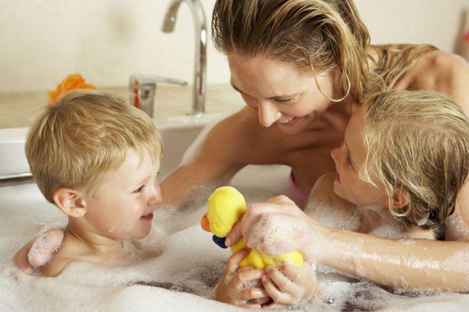 Ванна з травами допоможе дитині заспокоїтись