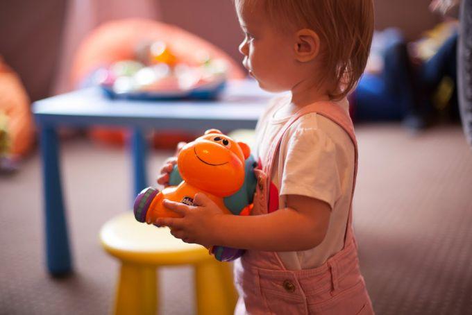ТОП - 10 найкорисніших іграшок для дітей 2-5 років