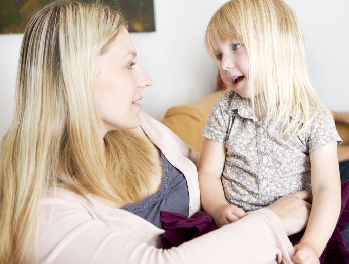 7 обов'язкових фраз, яких потрібно навчити дітей до 3-х років