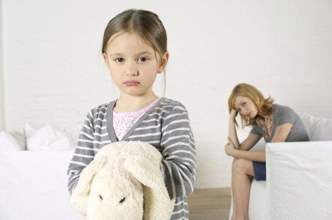 Помилки, які не можна допускати у вихованні доньки