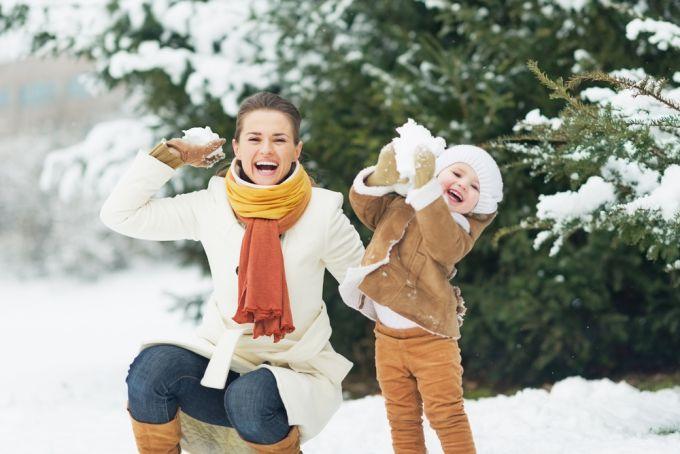 Перший сніг: незвичайні ігри та заняття для дітей та дорослих