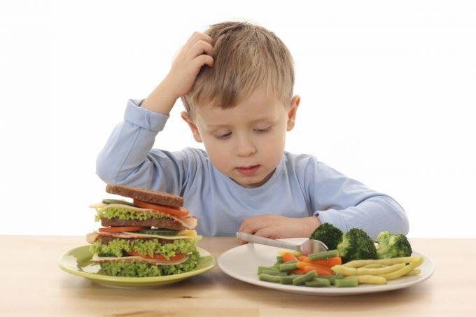 Анорексія у дітей: поради дієтолога