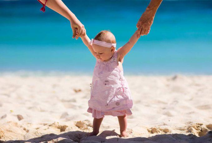 Як організувати відпочинок з грудною дитиною