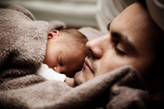 ТОП - 10 порад татові, як заспокоїти дітей