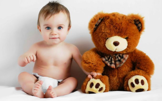 people_children_baby_and_toy_034035_.jpg (36.06 Kb)