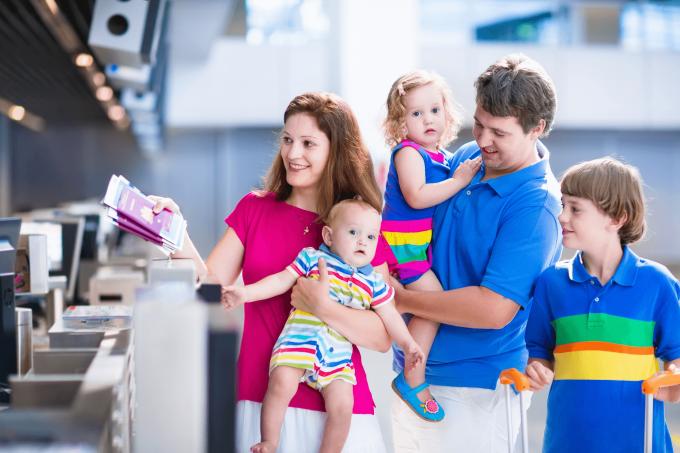 Як подорожувати з дітьми без проблем